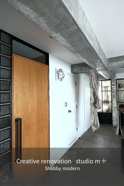 廊下 (shabby modern 「ブリックタイルと格子」)