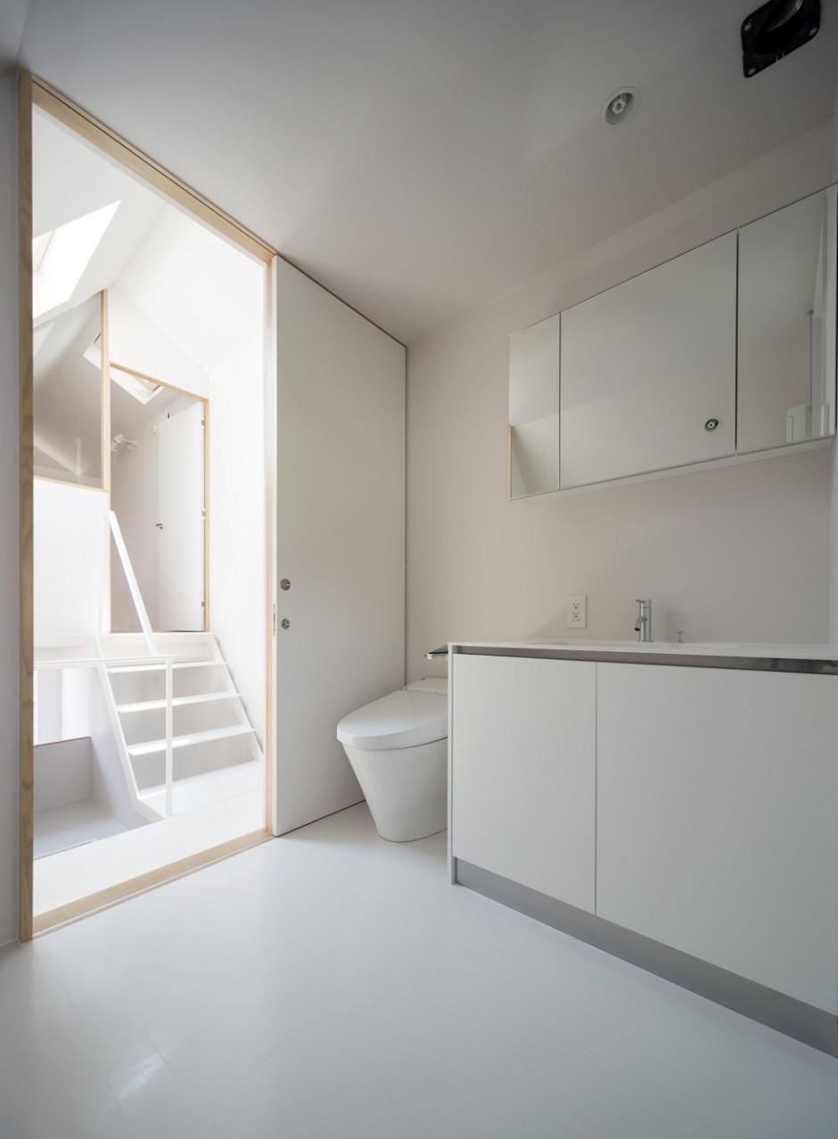 ミナミセンゾクのいえの部屋 トイレ・洗面台