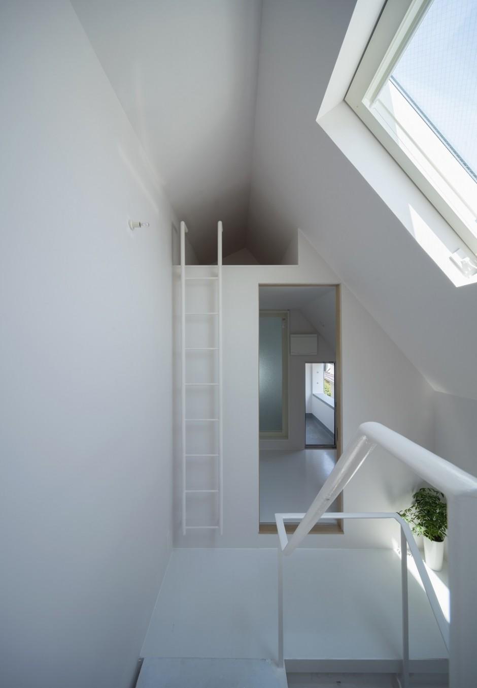ミナミセンゾクのいえの部屋 階段・ロフト