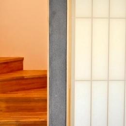 ソリッドハウス (階段・障子)