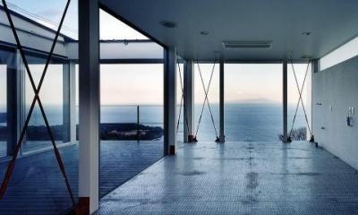 Mハウス (海が見える屋上駐車場)