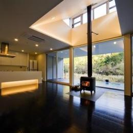 建築家 杉原建築デザイン事務所の住宅事例「川岸の家」