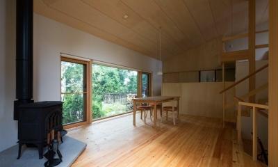 平岸の家 SGW (居間、台所)