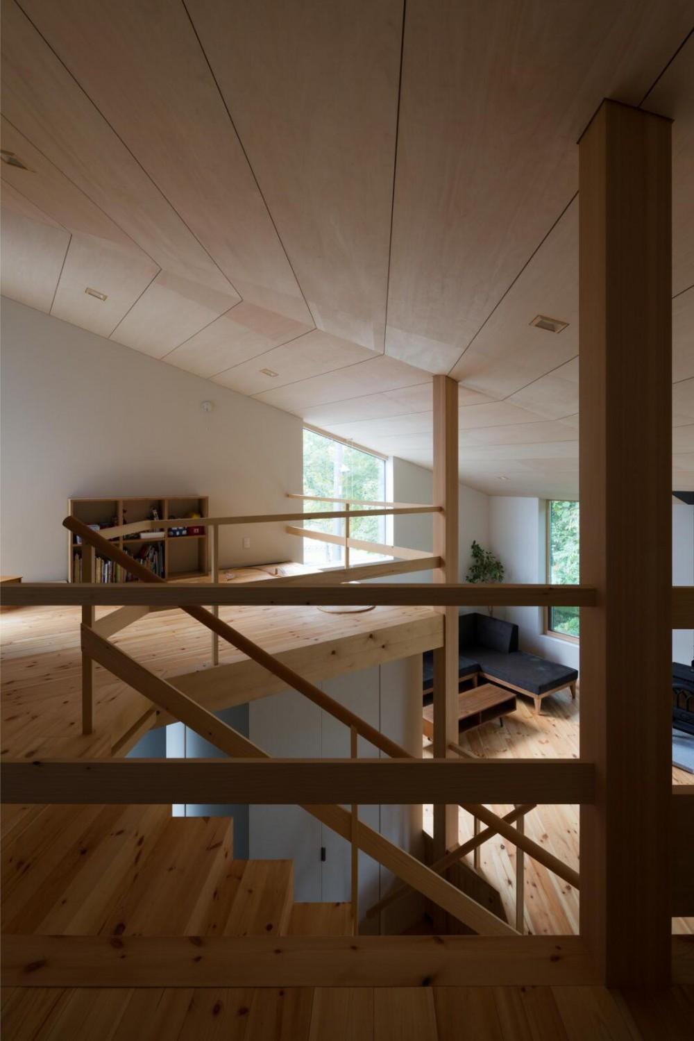 平岸の家 SGW (寝室から子供室を見る)