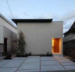 宝塚の家 (シンプルな外観)