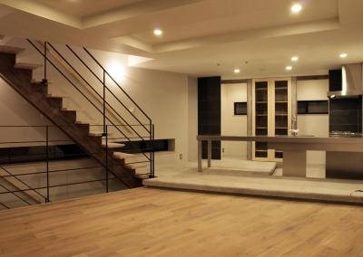 HOUSE O 『リビング階段の家』 (リビングダイニング)