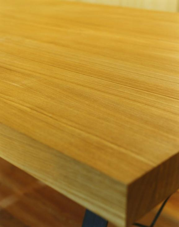 寺尾東の家の部屋 ダイニングテーブル