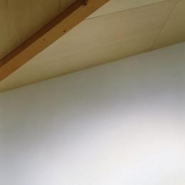 寺尾東の家 (傾斜天井)