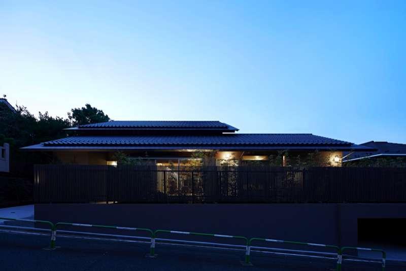 尾山台S邸の部屋 外観夜景