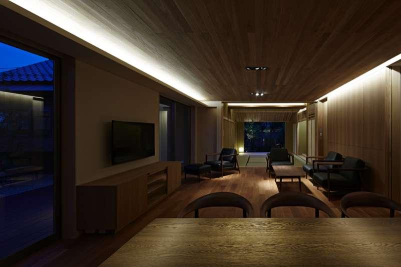 尾山台S邸の部屋 ダイニング・リビング・和室夜景