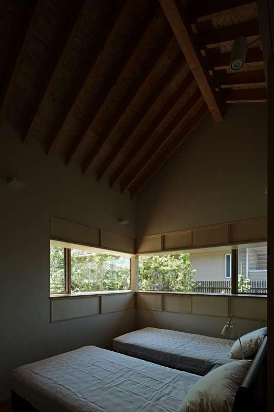 尾山台S邸の部屋 寝室