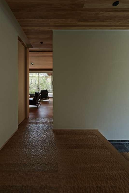 尾山台S邸の部屋 玄関