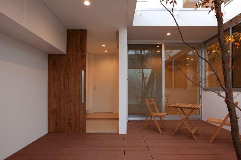 松江市東奥谷建売住宅の部屋 1階玄関・中庭