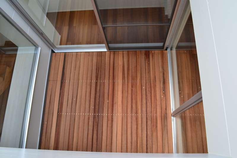 浦和F邸リノベーションの部屋 3階から中庭を見下ろす