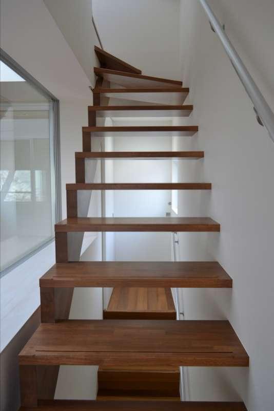 浦和F邸リノベーション (2~3階の階段)