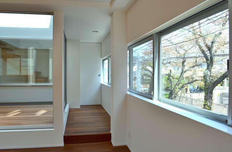 浦和F邸リノベーションの部屋 中庭、連窓