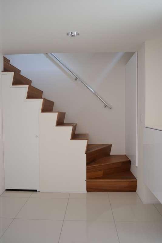 浦和F邸リノベーション (玄関と階段)