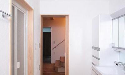 府中の家 (1階の洗面・脱衣・洗濯室)