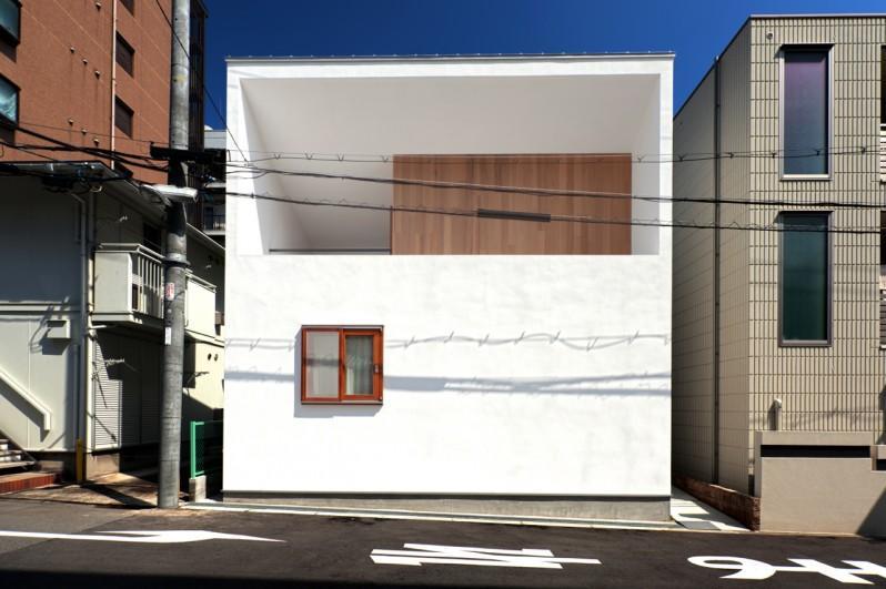 Daidou no ieの部屋 白いキューブ型の外観