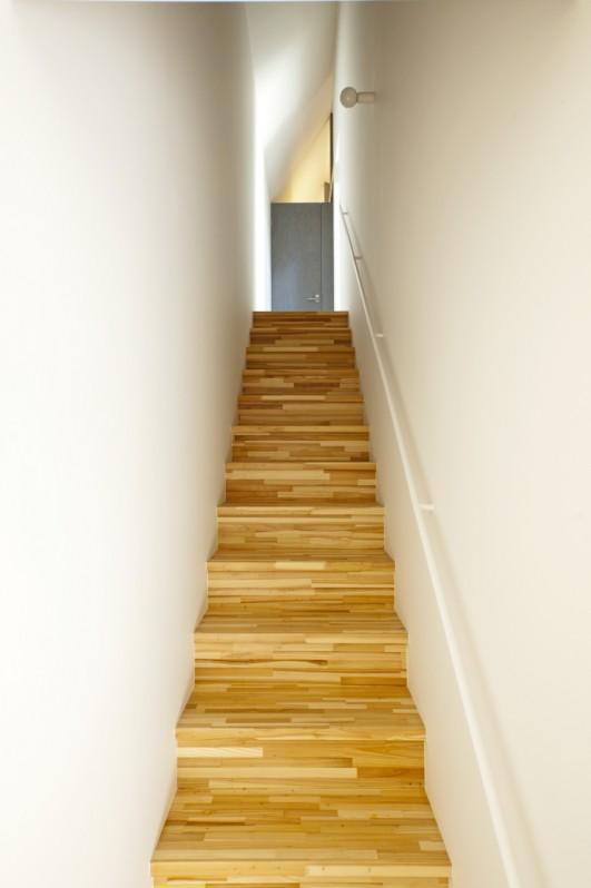 Imagawa no ieの部屋 書斎に続く階段