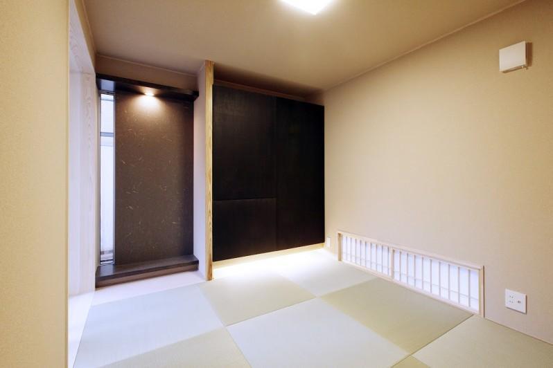 Tajima no ie (和モダンな和室)