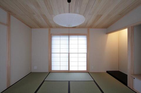 富士見台の家の部屋 カシュー塗りで仕上げた床の間