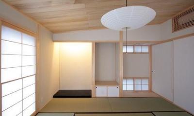 カシュー塗りで仕上げた床の間|富士見台の家