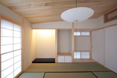 カシュー塗りで仕上げた床の間 (富士見台の家)