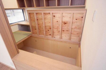 関町北の家の部屋 畳下収納