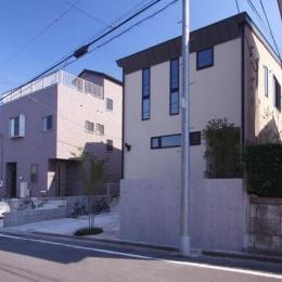 関町北の家 (周辺との関係を意識したたたずまい)