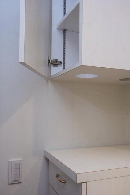 八雲の家 ヨーロピアンテイストの小さな家の部屋 1階洗面室