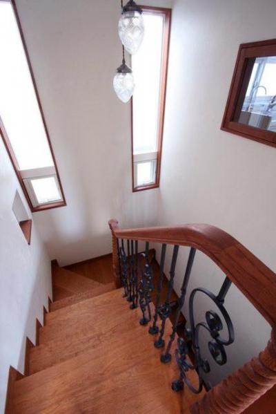 階段 (八雲の家 ヨーロピアンテイストの小さな家)