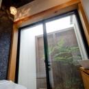 七郷の平屋の写真 中庭付きのトイレ