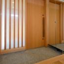 七郷の平屋の写真 鏡のある玄関