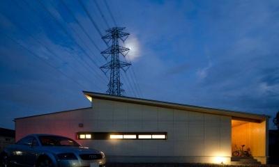 七郷の平屋 (ライトアップした外観)