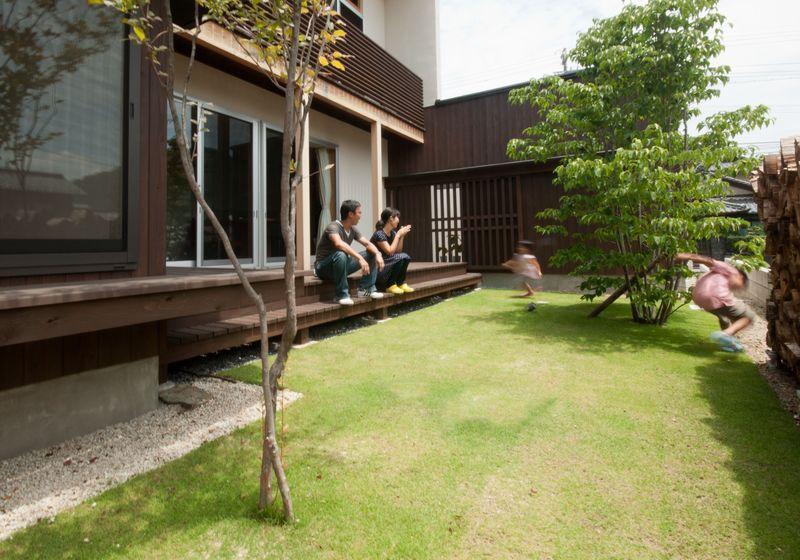 ゴトオリの家の部屋 子供も大人も楽しめる中庭