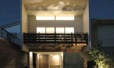 ライトアップした外観|御井の家
