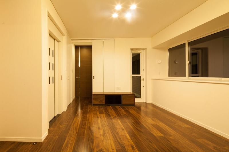 T 様邸 「鉄筋コンクリートの家」の部屋 リビング