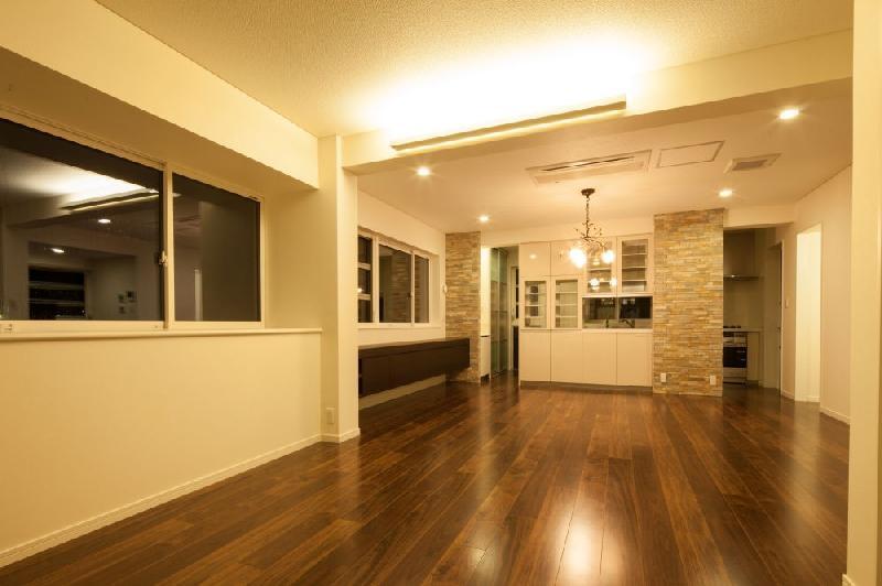 T 様邸 「鉄筋コンクリートの家」の部屋 リビング・ダイニング
