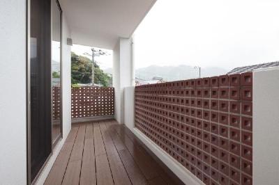 T 様邸 「鉄筋コンクリートの家」 (バルコニー)