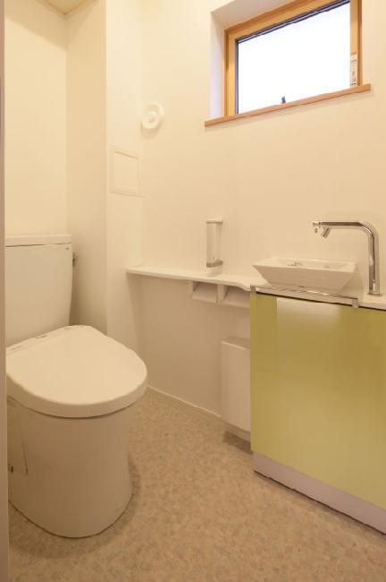 T 様邸 「鉄筋コンクリートの家」の部屋 トイレ
