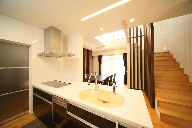 H 様 邸  「KASO HOUSE」の部屋 キッチン