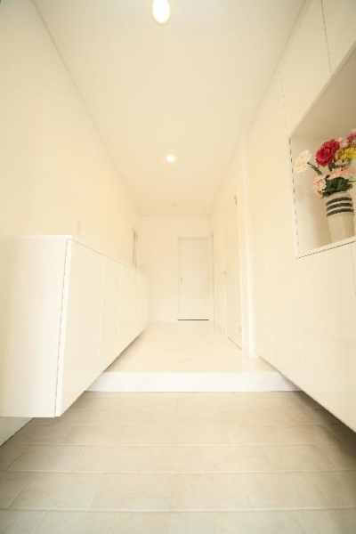H 様 邸  「KASO HOUSE」 (玄関ホール)