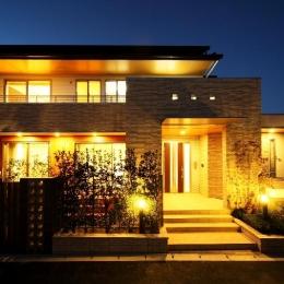 H 様 邸  「KASO HOUSE」 (外観 夜景)