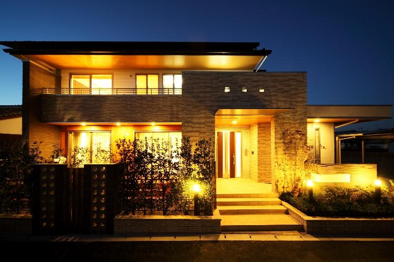 H 様 邸  「KASO HOUSE」の部屋 外観 夜景