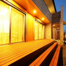 H 様 邸  「KASO HOUSE」 (屋外デッキ)