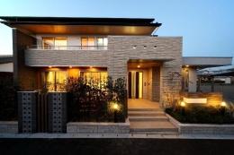 H 様 邸  「KASO HOUSE」 (外観)