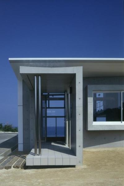 海が見える玄関 (室津・海の家)