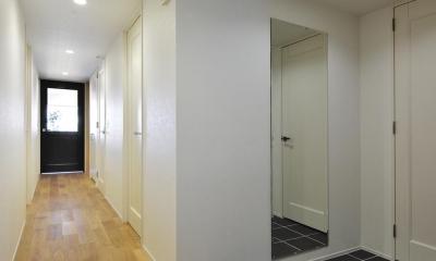 N邸・素足が気もち良い 広々リビング (廊下)