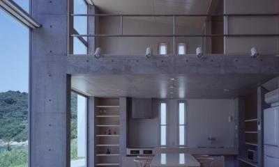 収納たっぷりのダイニングキッチン|室津・海の家
